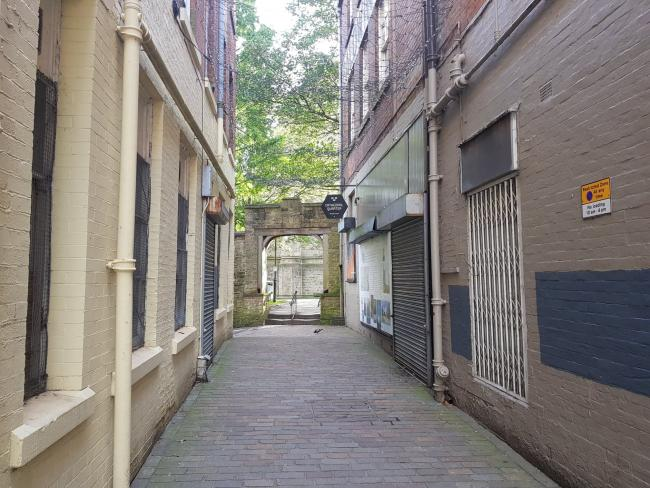 The alleyway between Church Street and Blackburn Cathedral