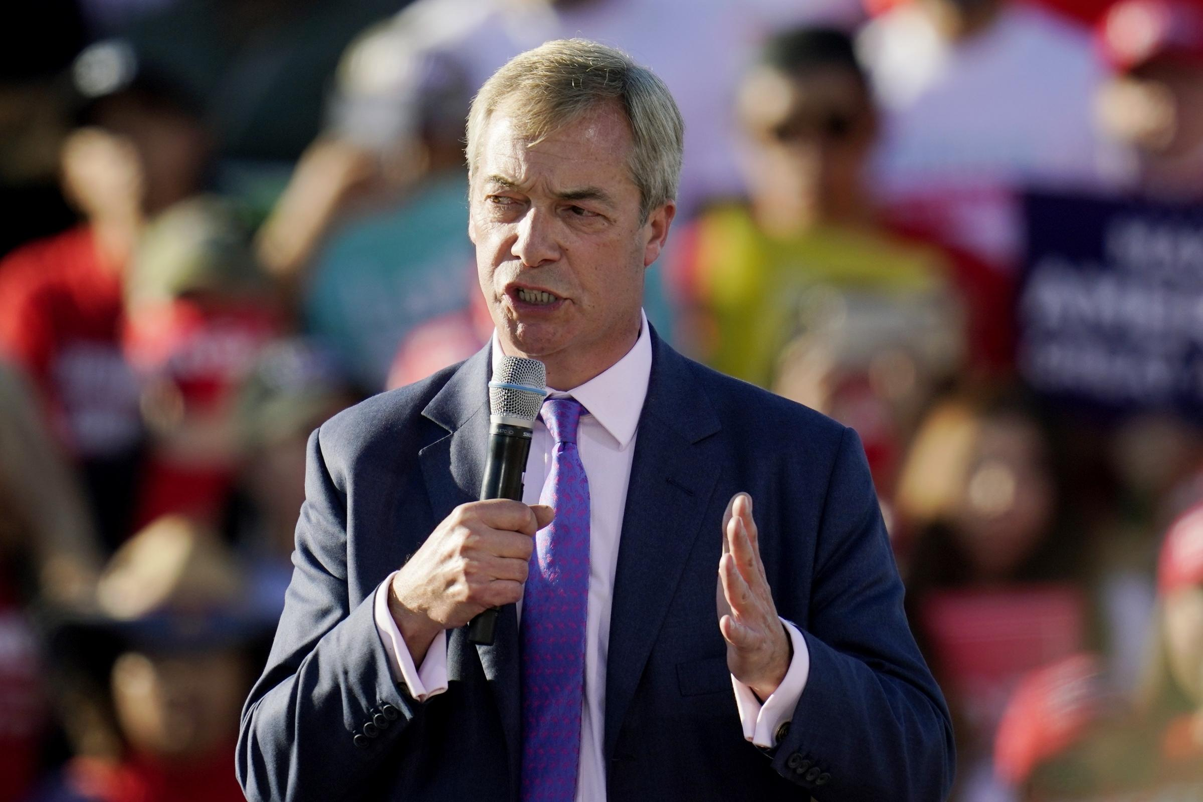 Farage hails Trump as 'bravest person I have ever met' during Arizona rally