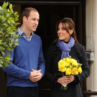 Lancaster And Morecambe Citizen: The Duke and Duchess of Cambridge leaving the King Edward VII hospital in London