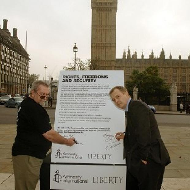 Lancaster And Morecambe Citizen: Les Walker (left) and Dr William Sampson claim to have been tortured in Saudi Arabia.