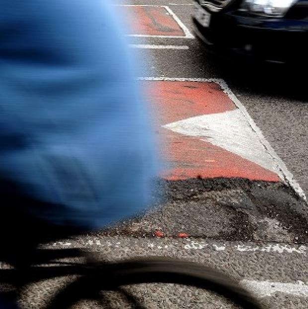 Lancaster And Morecambe Citizen: A cyclist died after hitting a pothole