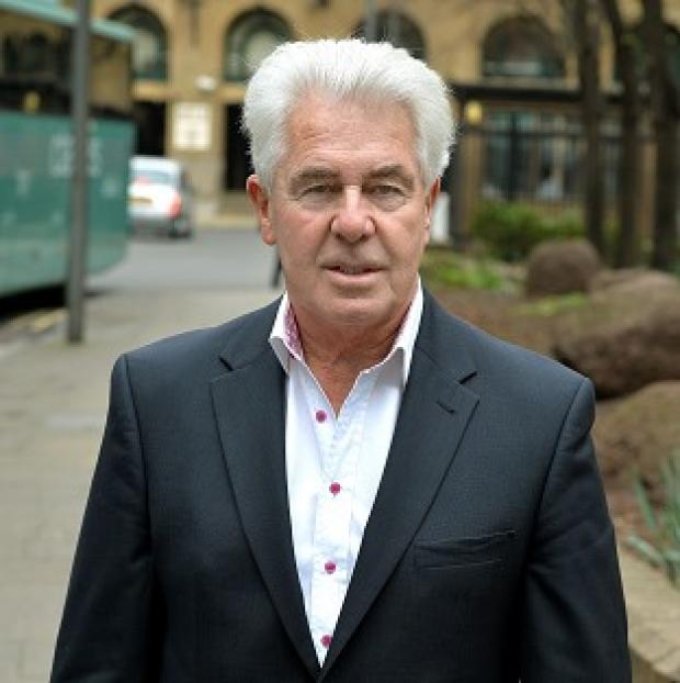 Lancaster And Morecambe Citizen: Max Clifford arrives at Southwark Crown Court