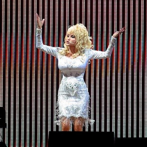 Lancaster And Morecambe Citizen: Dolly Parton is planning to wear high heels when she makes her Glastonbury debut