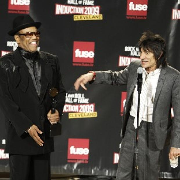 Lancaster And Morecambe Citizen: Bobby Womack, left, and Ronnie Wood backstage after Womack was inducted into the Rock and Roll Hall of Fame in 2009 (AP)