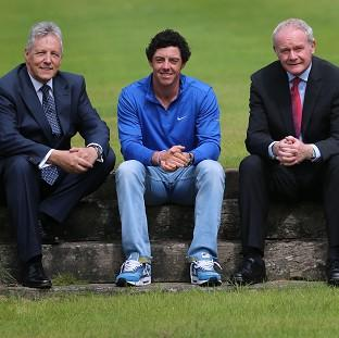 Lancaster And Morecambe Citizen: Rory McIlroy meets Northern Ireland's First Minister Peter Robinson and Deputy First Minister Martin McGuinness at Stormont Castle