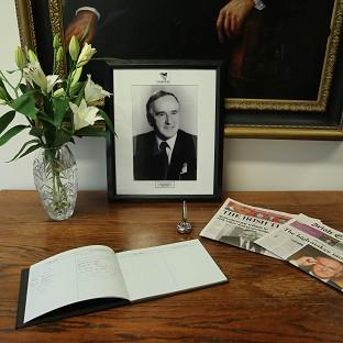 Lancaster And Morecambe Citizen: Tributes poured in for Albert Reynolds