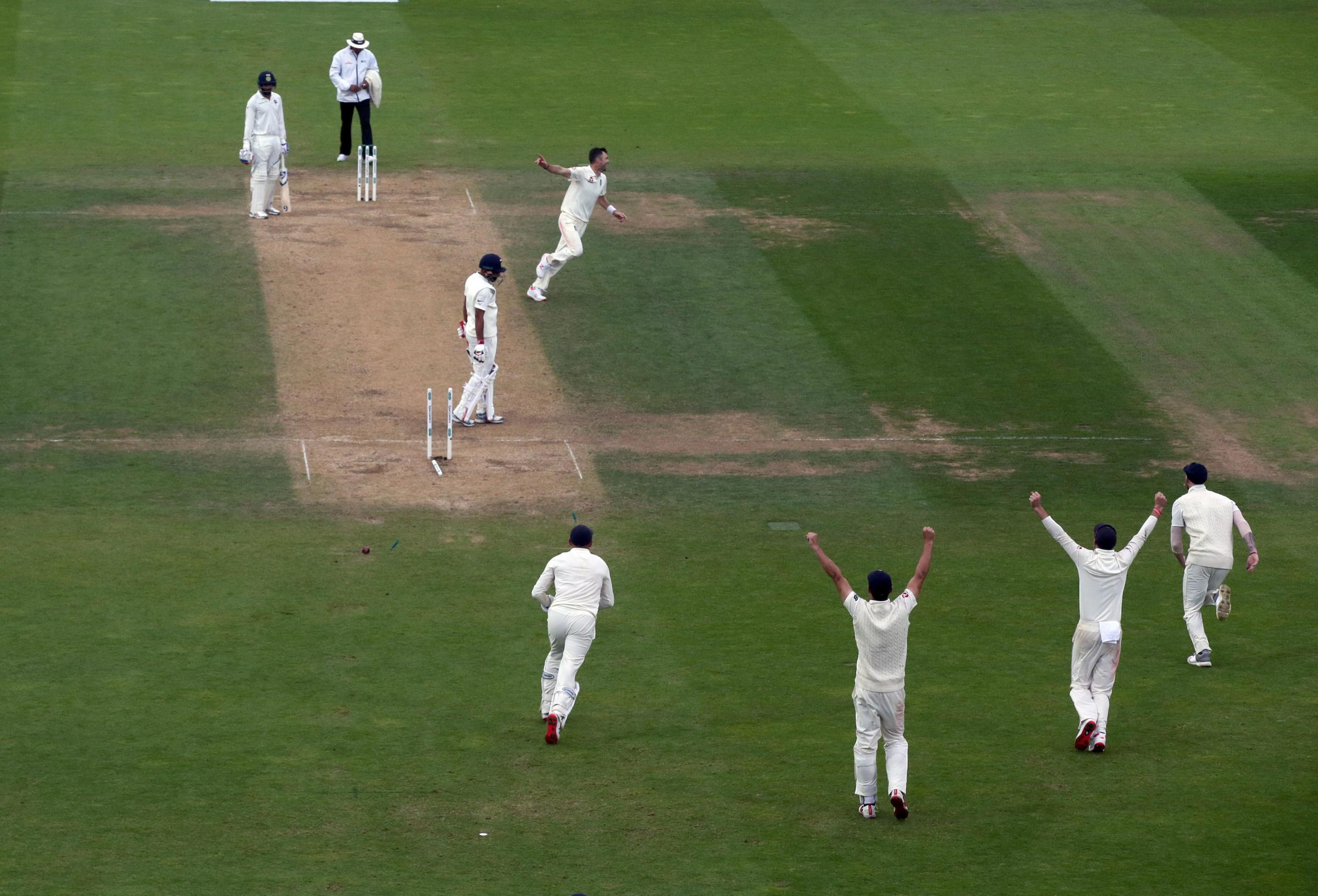 England's James Anderson celebrates taking the last wicket during the test match at The Kia Oval, London. PRESS ASSOCIATION Photo. Picture date: Tuesday September 11, 2018. See PA story CRICKET England. Photo credit should read: Adam Dav