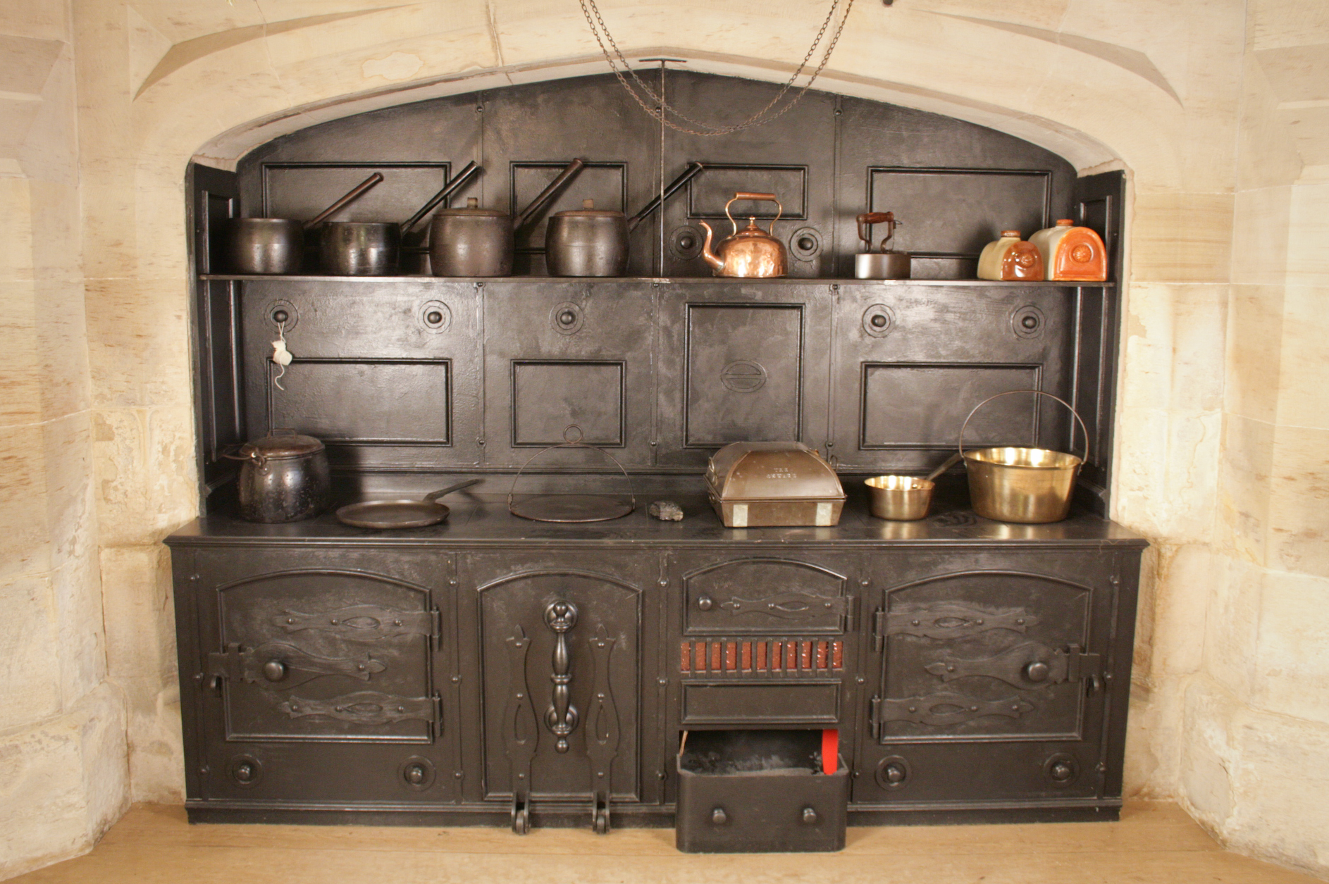 Explore the Victorian Kitchen